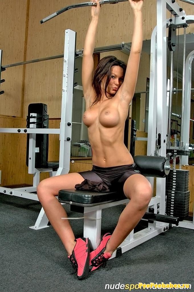 голые фитнес девушки эро видео онлайн