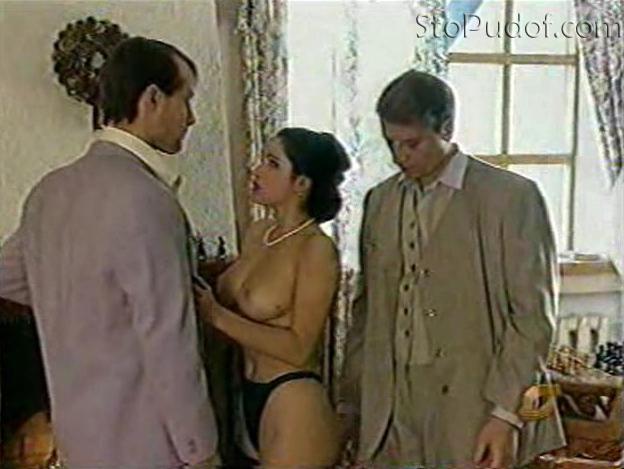 Актрисы игравшие в порнофильме розовый петербург, стягивает трусики и кончает в киску порно