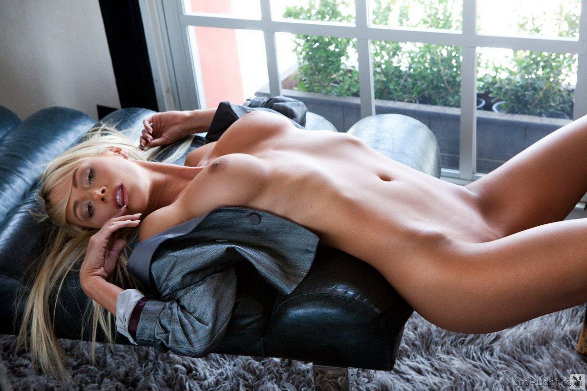 sara-jean-videos-naked-adrienne-pickering-bikini