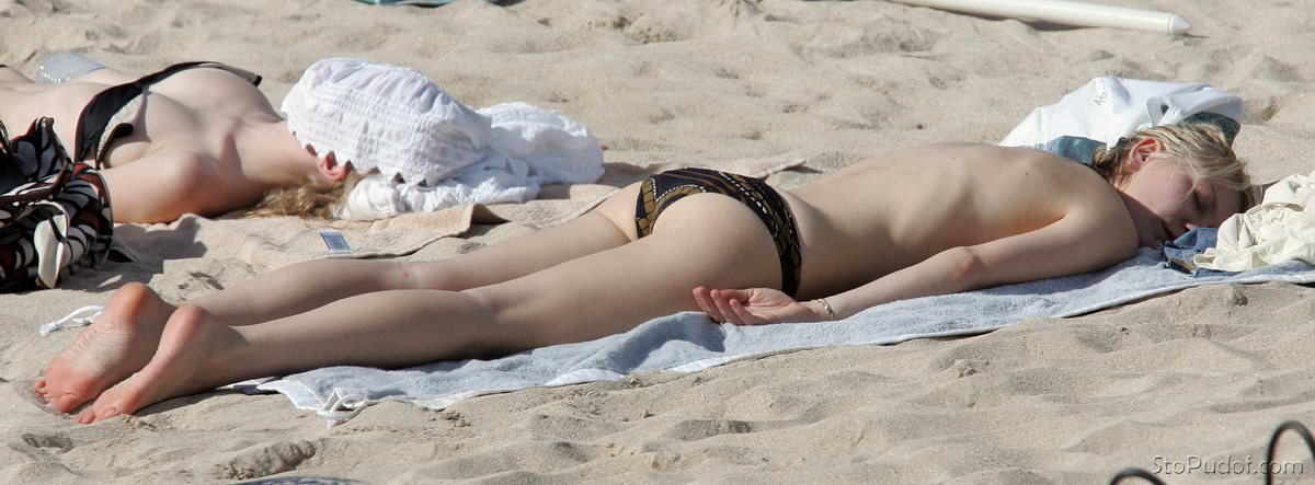 Kirsten Dunst Nude Boob Showing While Pulling Her Bikini